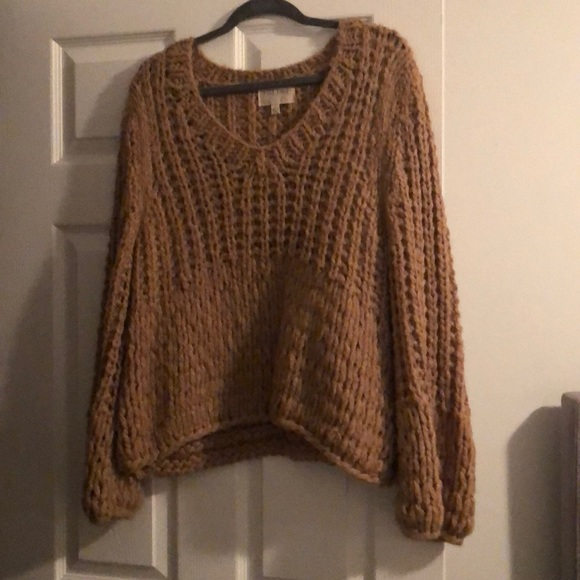Moon River Sweaters - Brown knit sweater